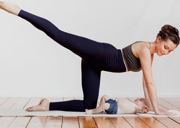 Mamastè Yoga (Mamma&Bebè)